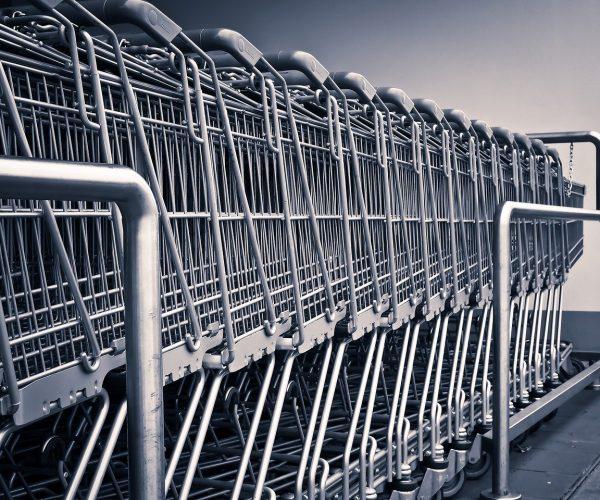 Zakupy przez internet – czy się opłacają?